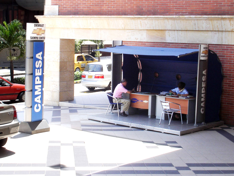 Chevrolet – Portable Stand (2005)