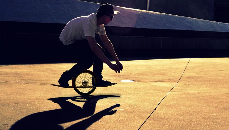 MONO – Skateboard (2011)