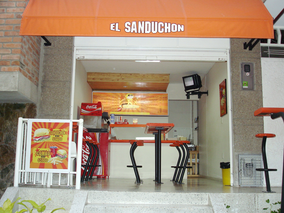 Sanduchon – Compact Fast Food Restaurant (2004)